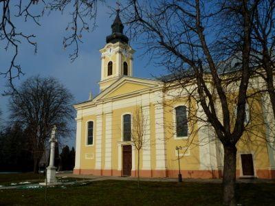 Hajós település - templom